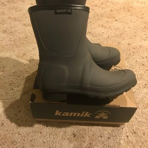Kamik women's  size 6 charcoal rain boots
